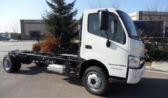 2016 Hino Hybrid 195h